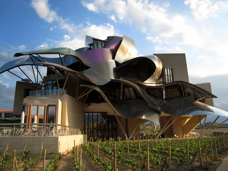 La arquitectura como protagonista: 3 ejemplos de bodegas que impresionan